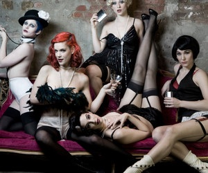 Fall's Hottest Entertain: Burlesque Shows